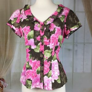 Caribbean Joe Floral Short Sleeved Blouse NWOT